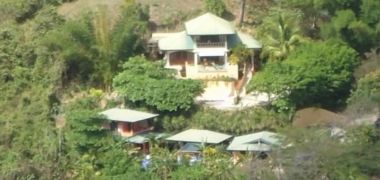 casa mango and casa papaya
