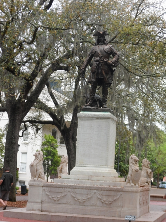 oglethorpe monument