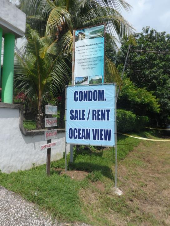 signage in costa rica