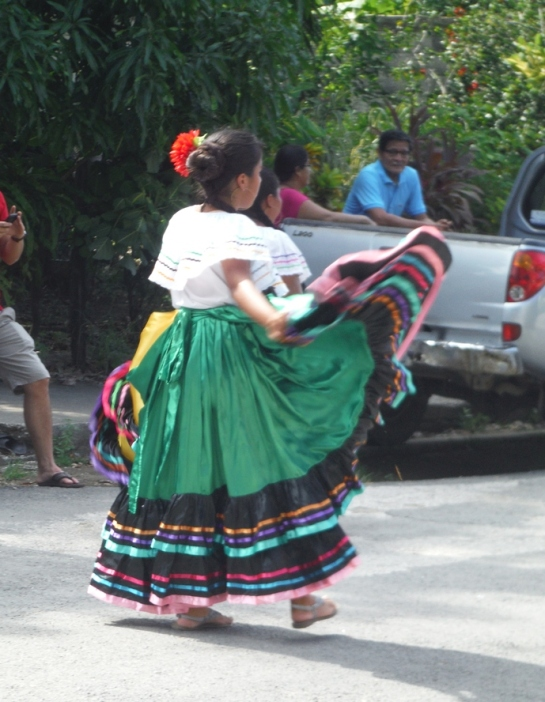 traditional dance costumes costa rica